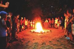 B16 S hymna ohni